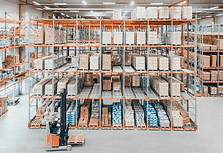 Nearly 100 years of experience in warehouse technology