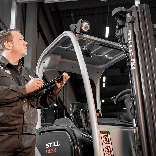 A guide to buying the right used forklift truck!